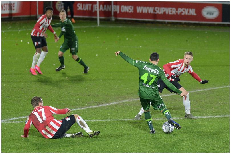 Jong-PSV-vs-DG-10.jpg