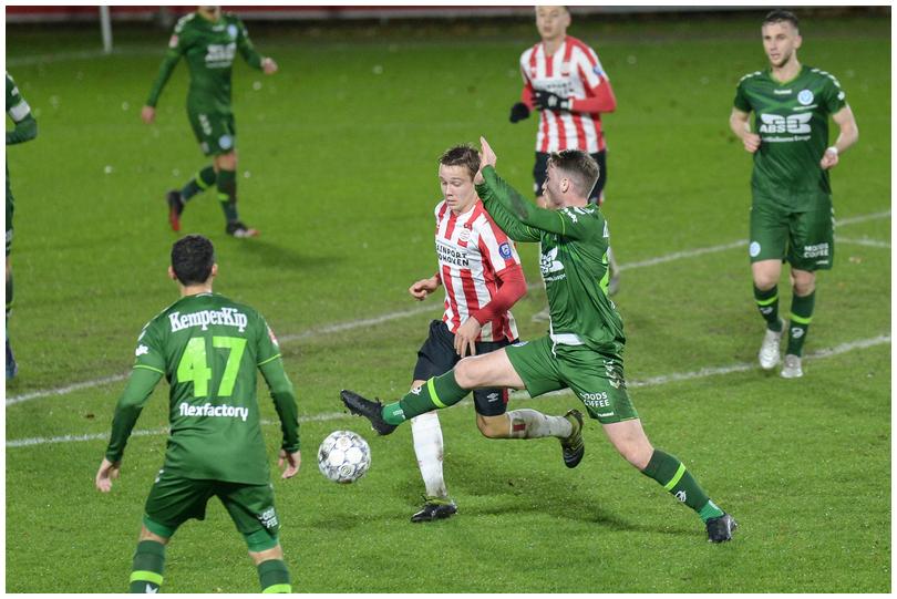 Jong-PSV-vs-DG-16.jpg