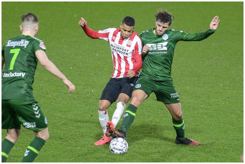 Jong-PSV-vs-DG-17.jpg
