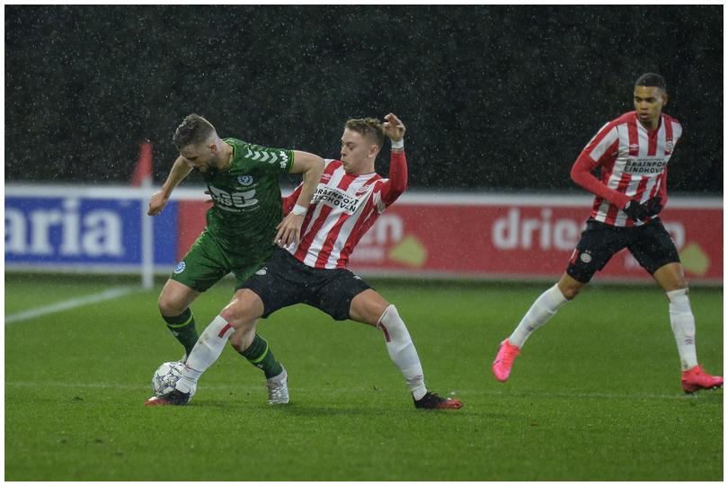 Jong-PSV-vs-DG-8.jpg