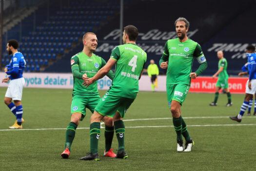 Strijdend De Graafschap wint door doelpunten verdedigers ook van FC Den Bosch