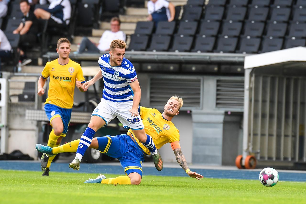 Eintracht-Braunschweig-vs-De-Graafschap-33.jpg