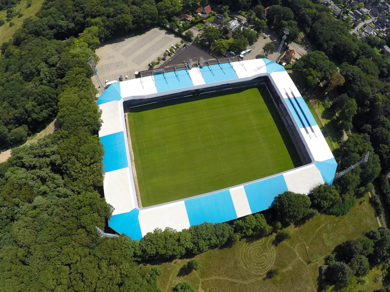 Pag-3-foto-stadion-bovenaf.JPG